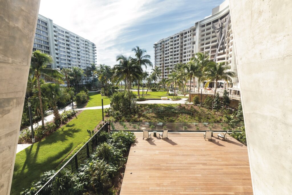 grycon projects flamingo point - courtyard